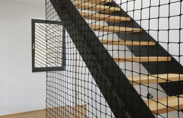 mallas de seguridad para escaleras para evitar los accidentes en las familias con nios